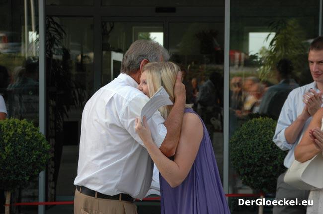 Helmut Huber übergibt seiner Tochter Bettina den Betrieb