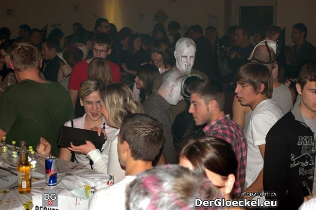Der Verein Hainburger Jugend mit seinem 5. Event - Halloween 2009