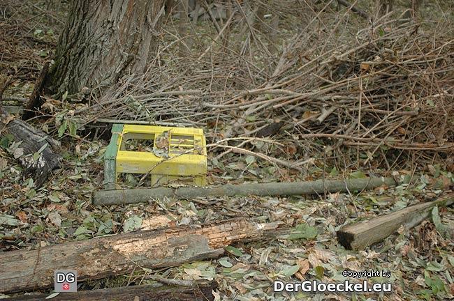 """Laut Angaben des Betretenen die private """"Mülldeponie"""" der Anrainer der Jägerhaussiedlung"""