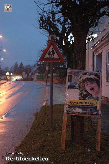 Petronell - Parteiwerbung der SPÖ vom Schulbeginn auch noch am 8. Dezember