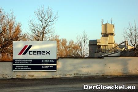 Steinbruch der Hollizier Baustoffwerke - Unternehmen der CEMEX-Gruppe