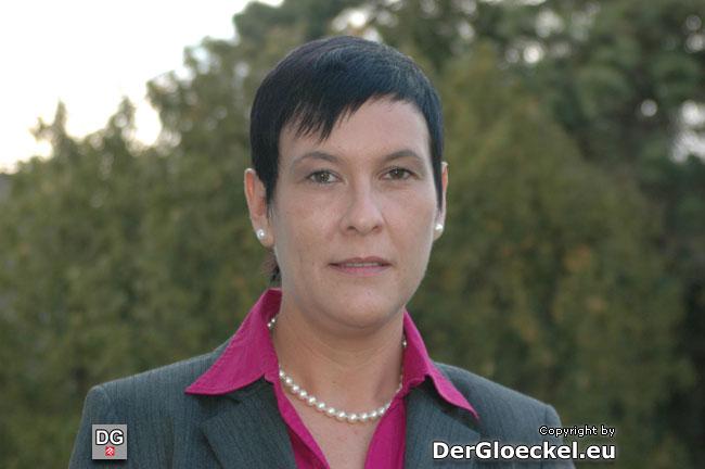 Vizebürgermeisterin Natascha PERGER erntete bei ihrer Wahl auch etwas Applaus