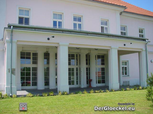 Pflegeheim vom Land Niederösterreich in Hainburg - Aufnahme nach der Übernahme durch das Land vom 10.6.2006