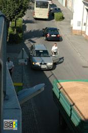 Die Polizeibeamten handeln