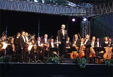 Slowakische Philharmonie bei ihrem Konzert in Rohrau 2009
