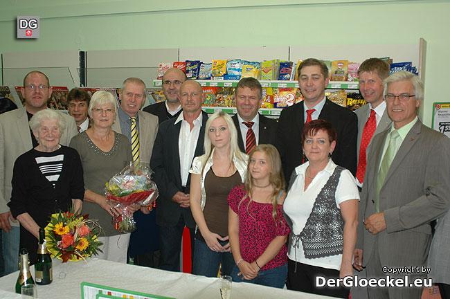 Ehrengäste zur Eröffnung des Nahversorgers in der Gemeinde Berg (NÖ)